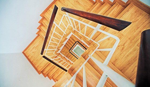Uitleg over een traprenovatie